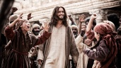 Diogo Morgado portrays Christ in scene from television miniseries 'The Bible'